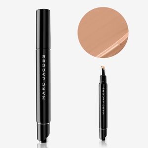 Marc Jacobs Remedy concealer pen ( 6 after hours)